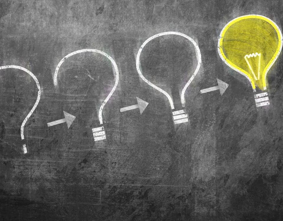 answer-knowledge-idea-lightbulbs-ss-1920